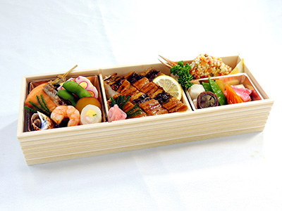 穴子寿司と旬味の弁当 白鷺館